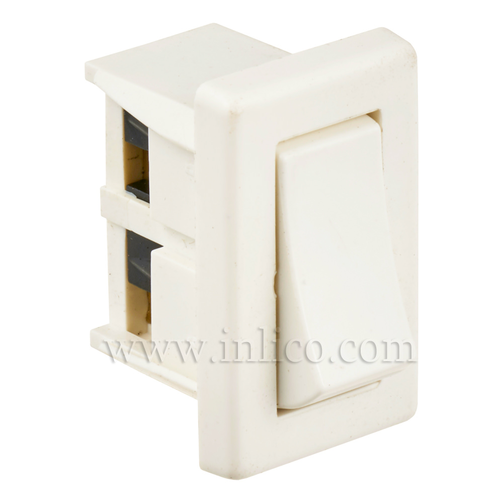 PANEL MOUNTED ROCKER SWTCH WHITE STANDARD EN61058-1:2002