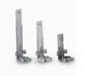 SNAP IN BRACKET NO LOCKING SCREW FOR 711 SERIES LAMPHOLDER (OAL 63.5MM FITTED TO LAMPHOLDER)